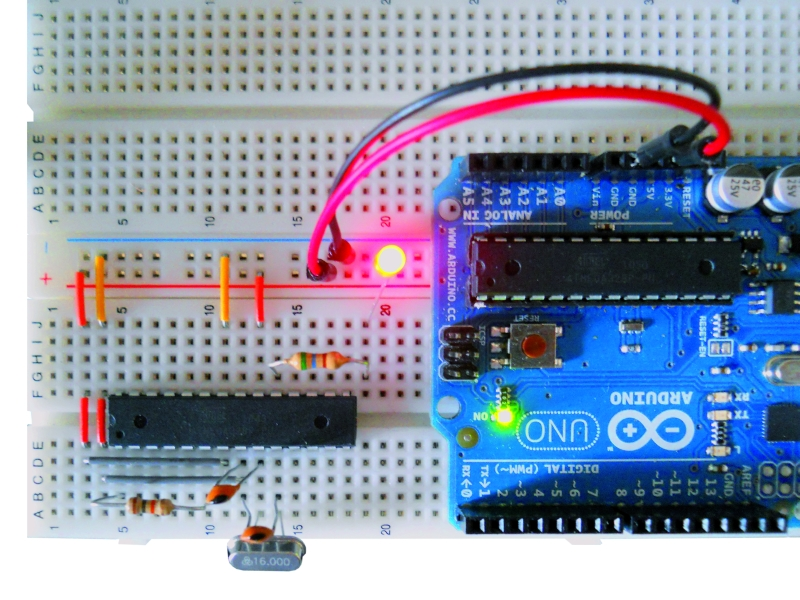 Arduino_standalone_breadboard_led.jpg