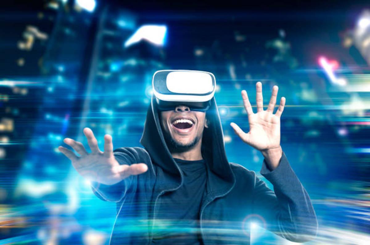 shutterstock_virtual_reality.jpg