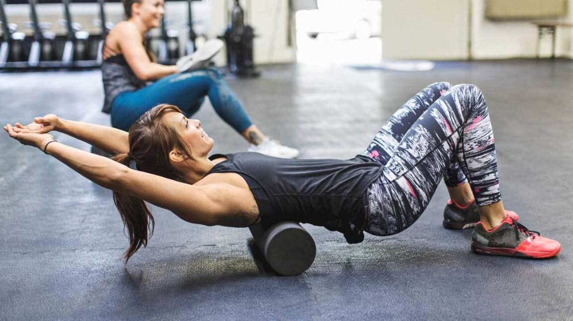 women_foam_rolling_gym-1296x728-header.jpg