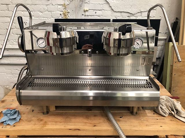 Synesso Cyncra Gen 1 (2006) rebuild is complete! This machine was the first Synesso in Pa and saw a lot of duty in downtown Pgh in the Frick Building and then at 3 PNC Plaza. - Other than the frame, exterior parts and electronics, this machine is once again COMPLETELY NEW. - This includes all new: plumbing, universal steam and brew tanks, sight glass, all valves, elements, and pump. This one is SOLD and going to a good home this fall! - We have an identical rebuild cued up so hit us up if you are seriously interested.