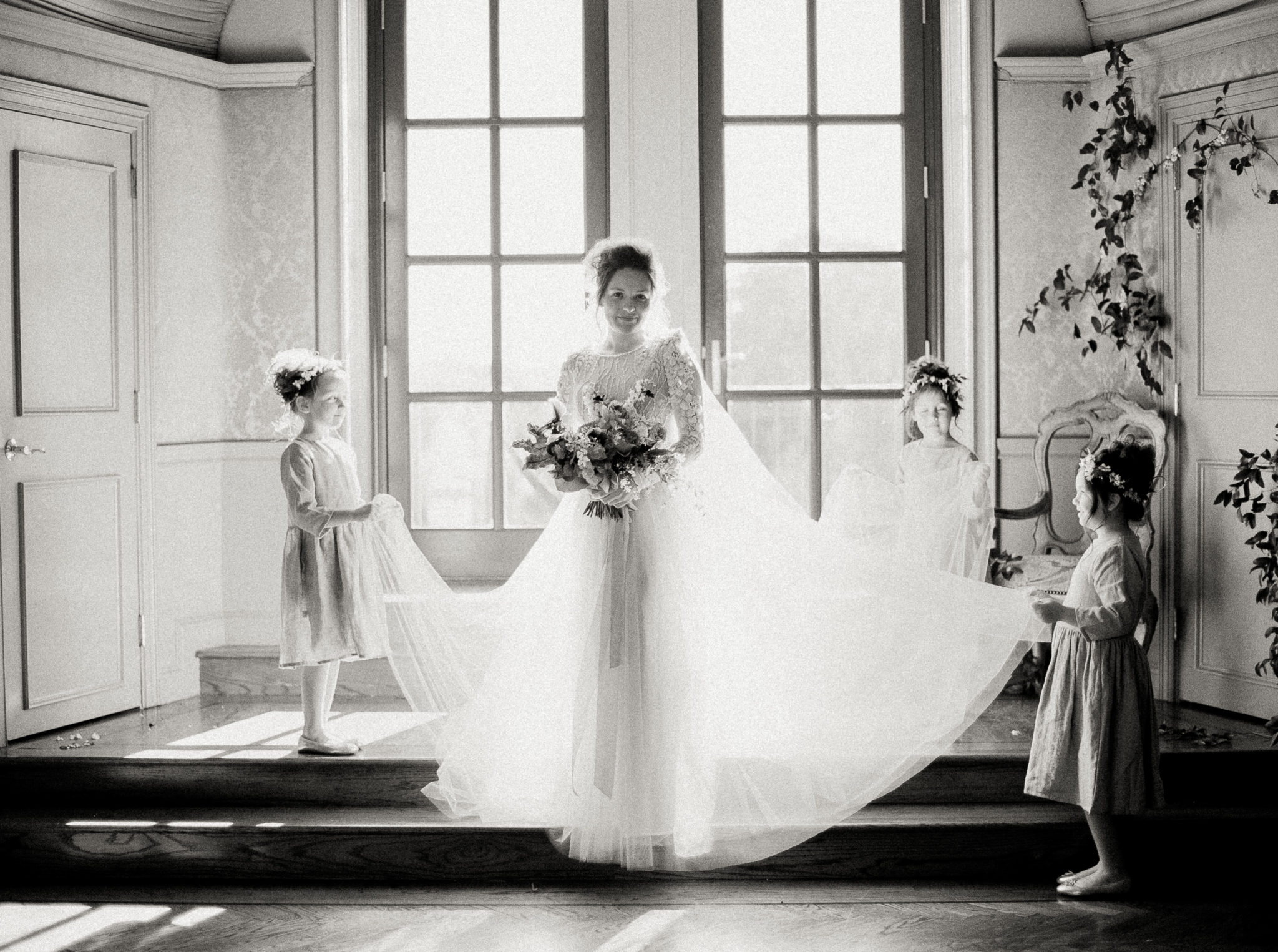 Chana Marelus real bride wearing the Rose