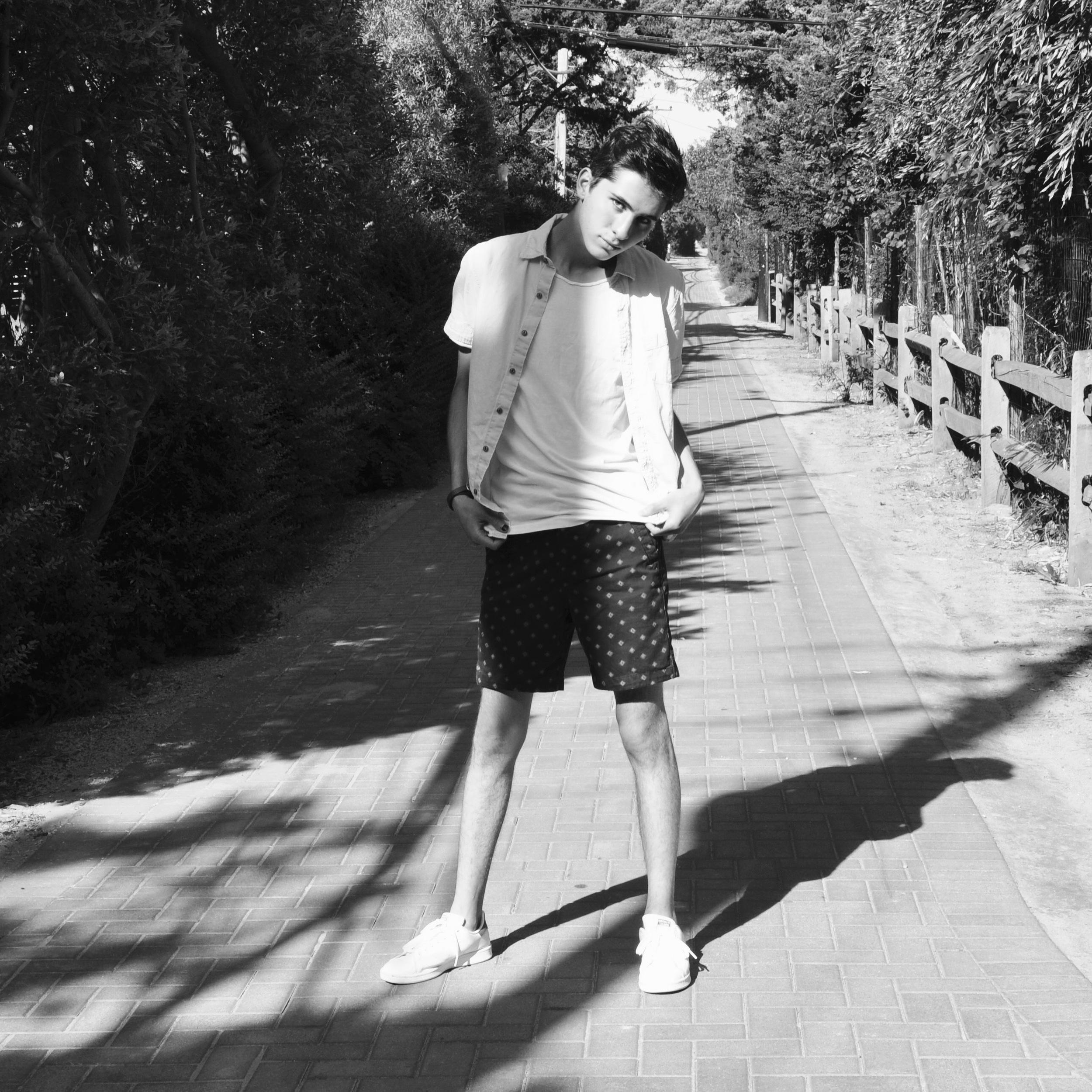 Beach Chic ft. Ryan Matthew