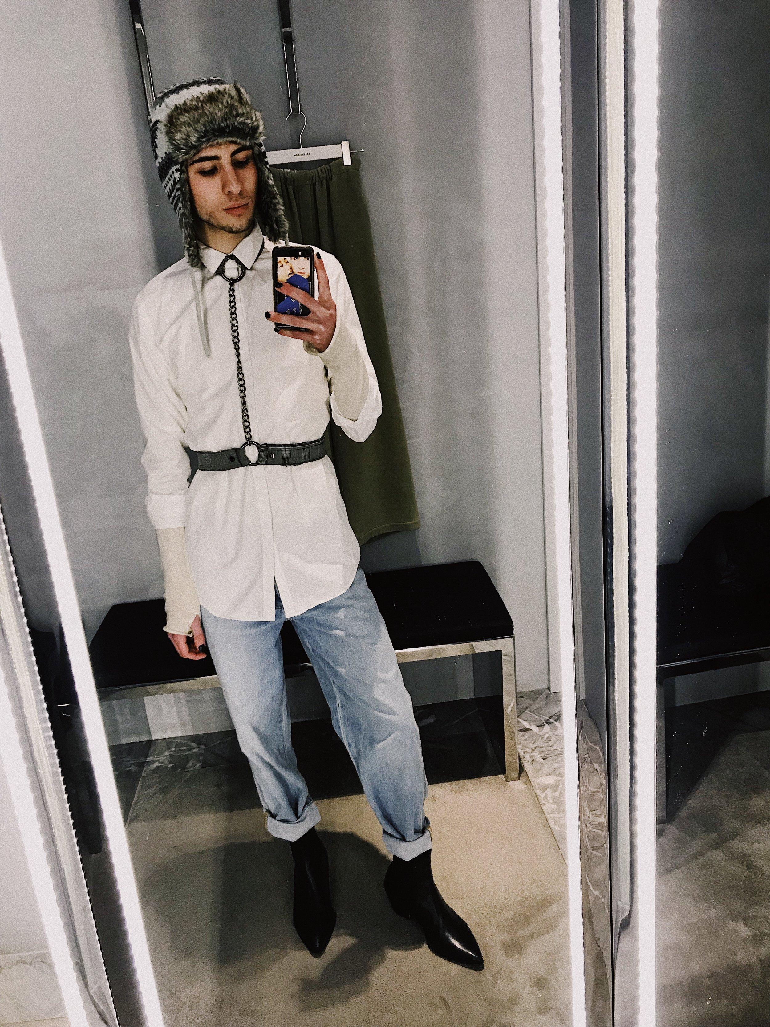 Balenciaga Mirror Selfie @zydeofficial