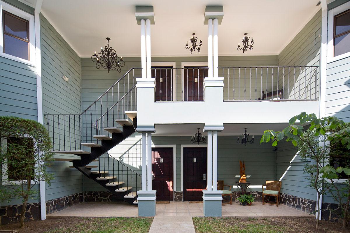 Hotel-Villa-Los-Candiles-exterior-areas-Santa-Ana-Costa-Rica.jpg