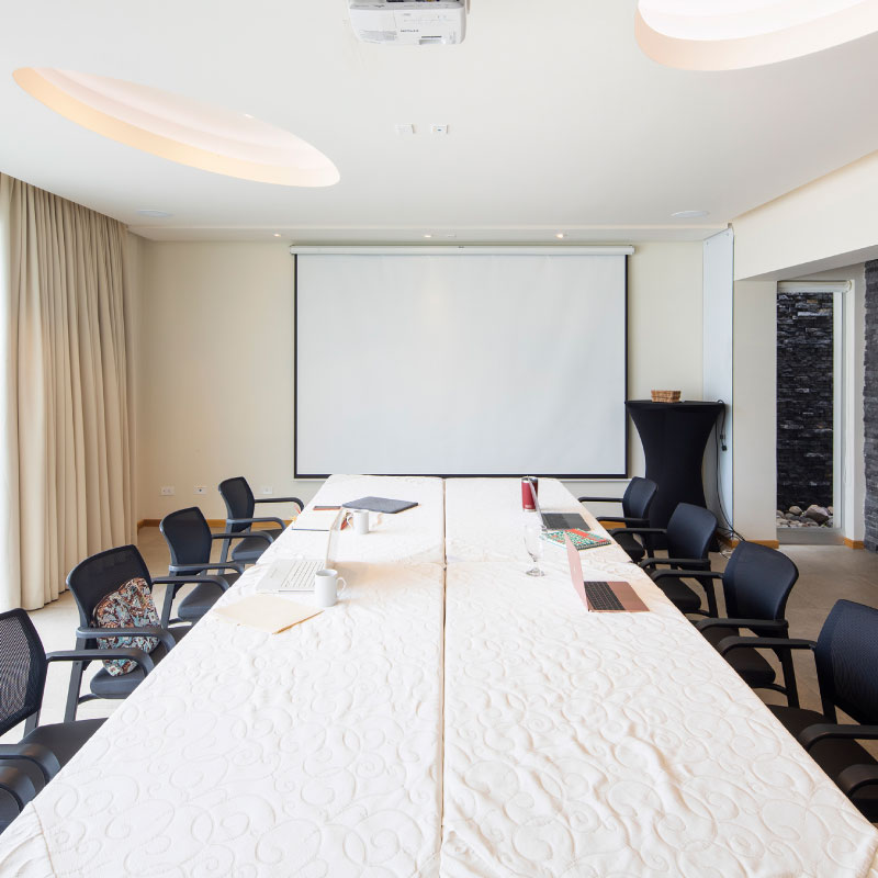 Meeting-room-hotel-Costa-Rica.jpg
