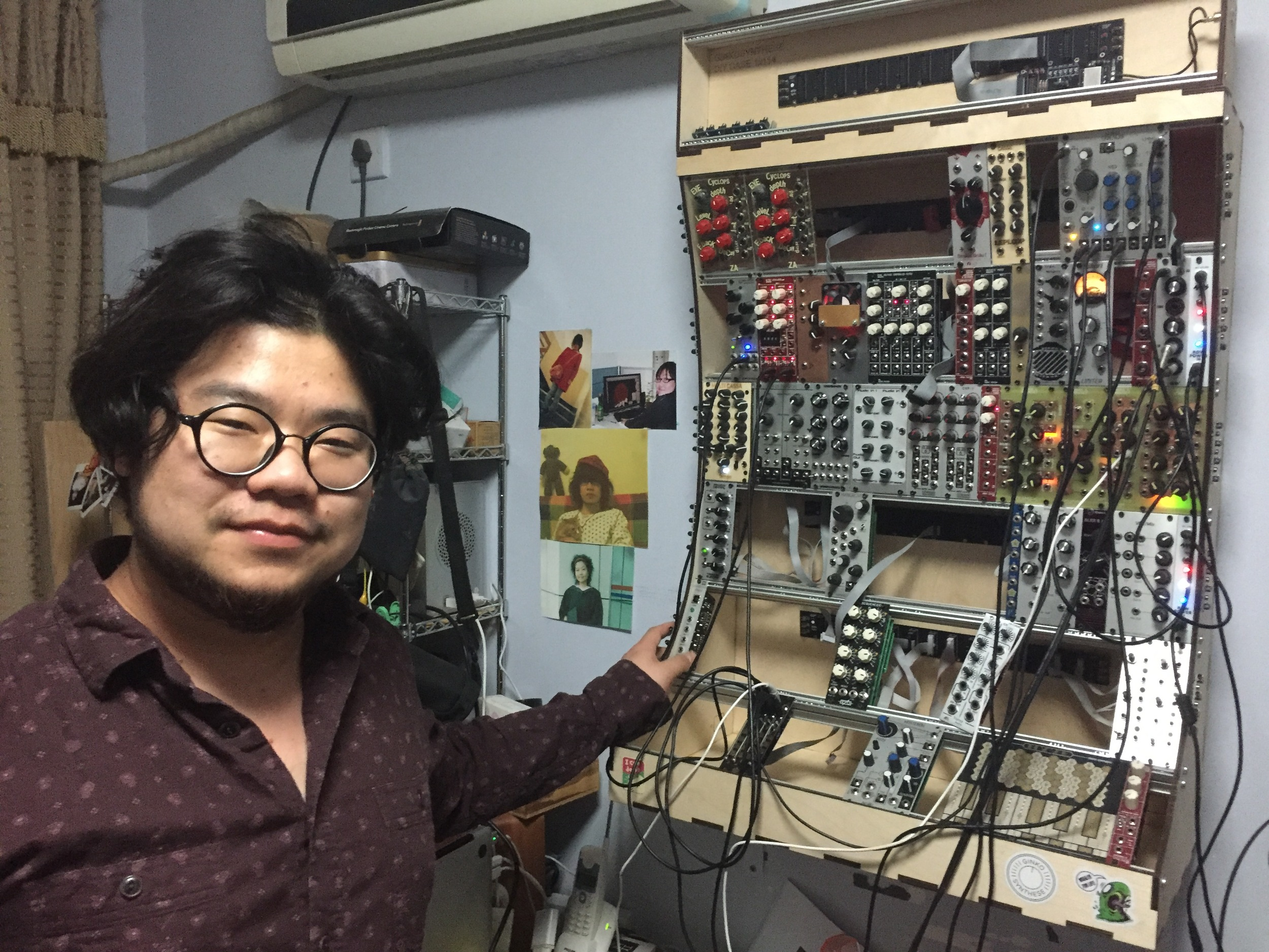 Meng Qi's home workshop