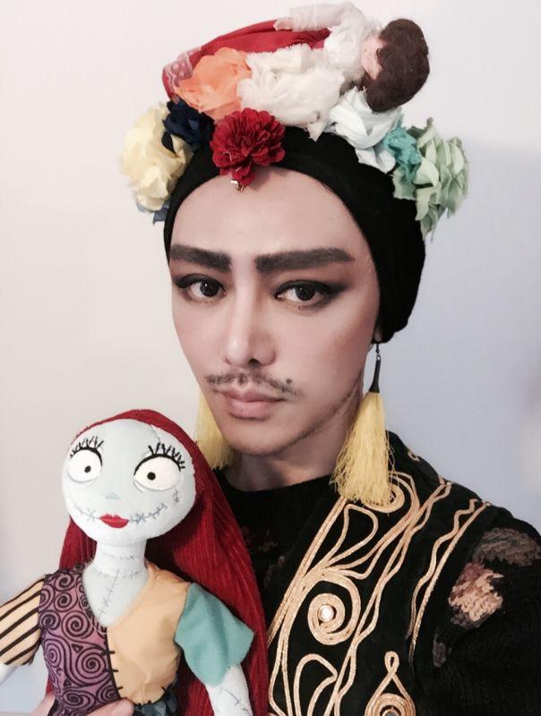 DECEMBER   Michelle Proksell, Sun Rongfang 孫容芳, Amtattoo & Fan