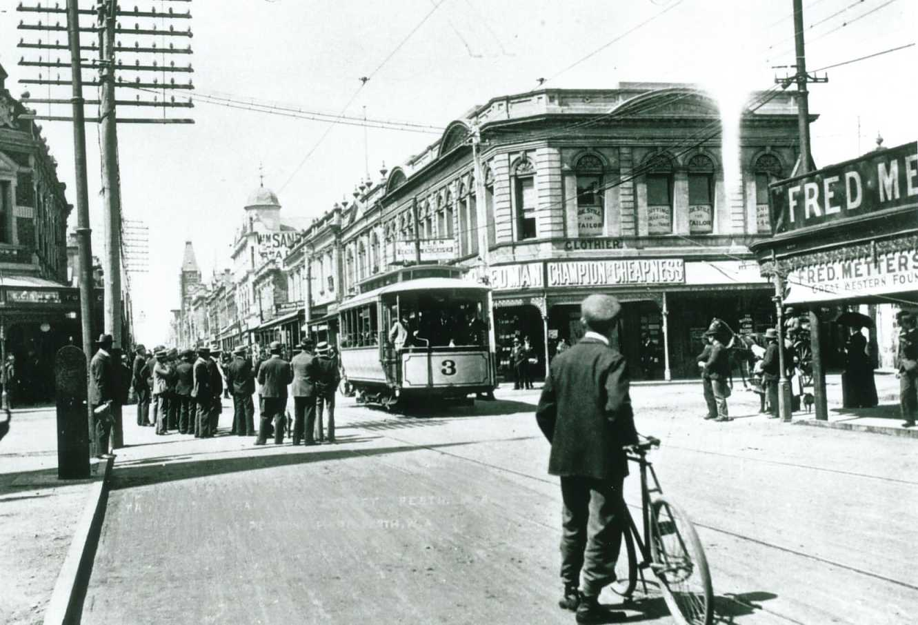 opening_day_perth_tramway_1899.jpg