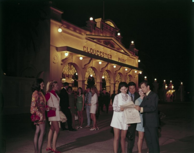 A night at the trots, Gloucester Park, 1969