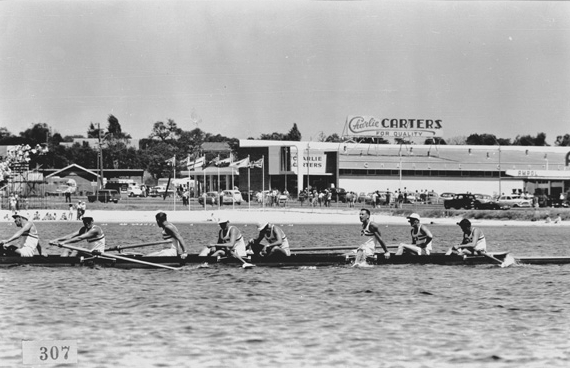 English rowing team after successfully defeating Australia in the heat of the men's eights. England would go on to claim bronze, behind New Zealand ( Silver), and Australia (Gold). (Supplied: State Library of Western Australia)