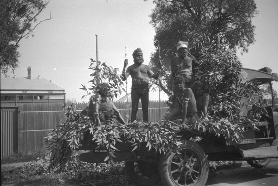 One of the tableaux representing Aboriginal members of the Noongar people pre-colonisation, 2 October 1929. (Supplied: State Library of Western Australia)