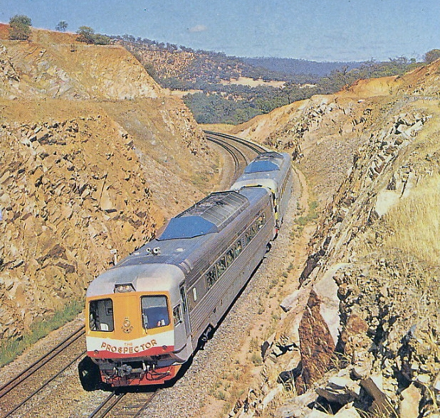 WAGR WCA/WCE class Prospector travelling from Perth to Kalgoorlie,November 1971. (Supplied: transpress nz)