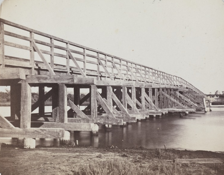 North side of the Original Causeway, 1865. (Supplied: State Library of Western Australia)