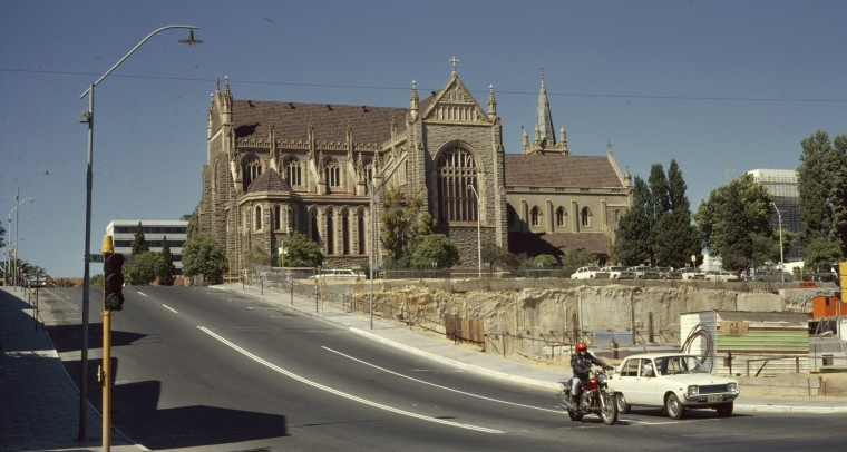St Mary's in 1966, looking south towards the river along Lord St, East Perth (Supplied: State Library of Western Australia)
