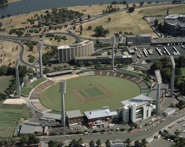 Aerial view of the WACA in 1987, the WA Police Headquarters visible in the background. (Supplied: State Library of Western Australia)