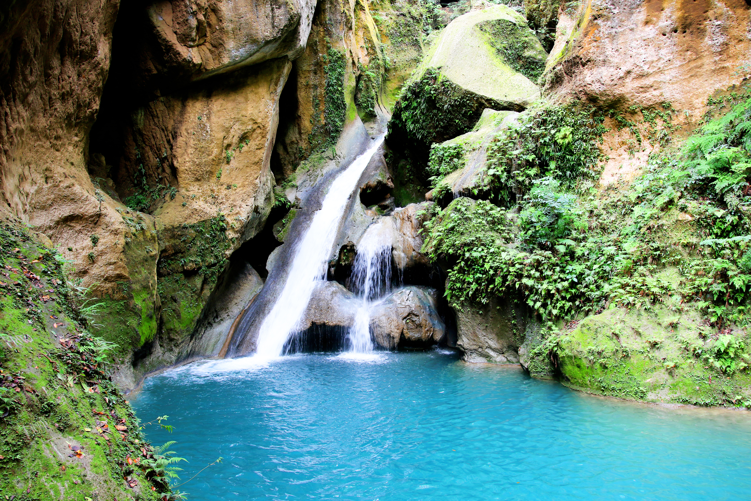 the bassin-bleu waterfall