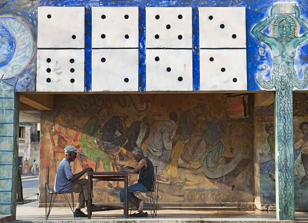 Cuba men playing dominoes