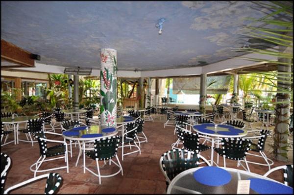 myetts-dining-area.jpg