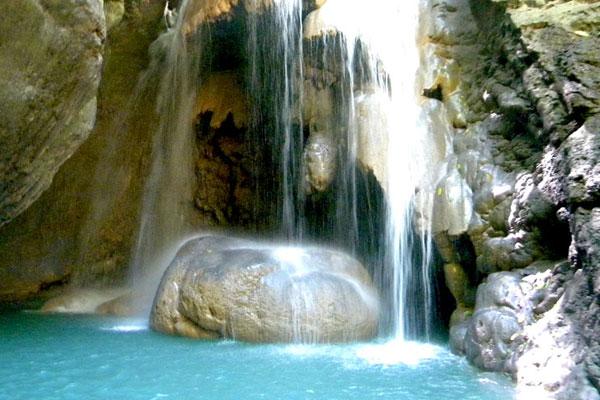 Somerset-Falls-Port-Antonio-jamaica-2 2.jpg