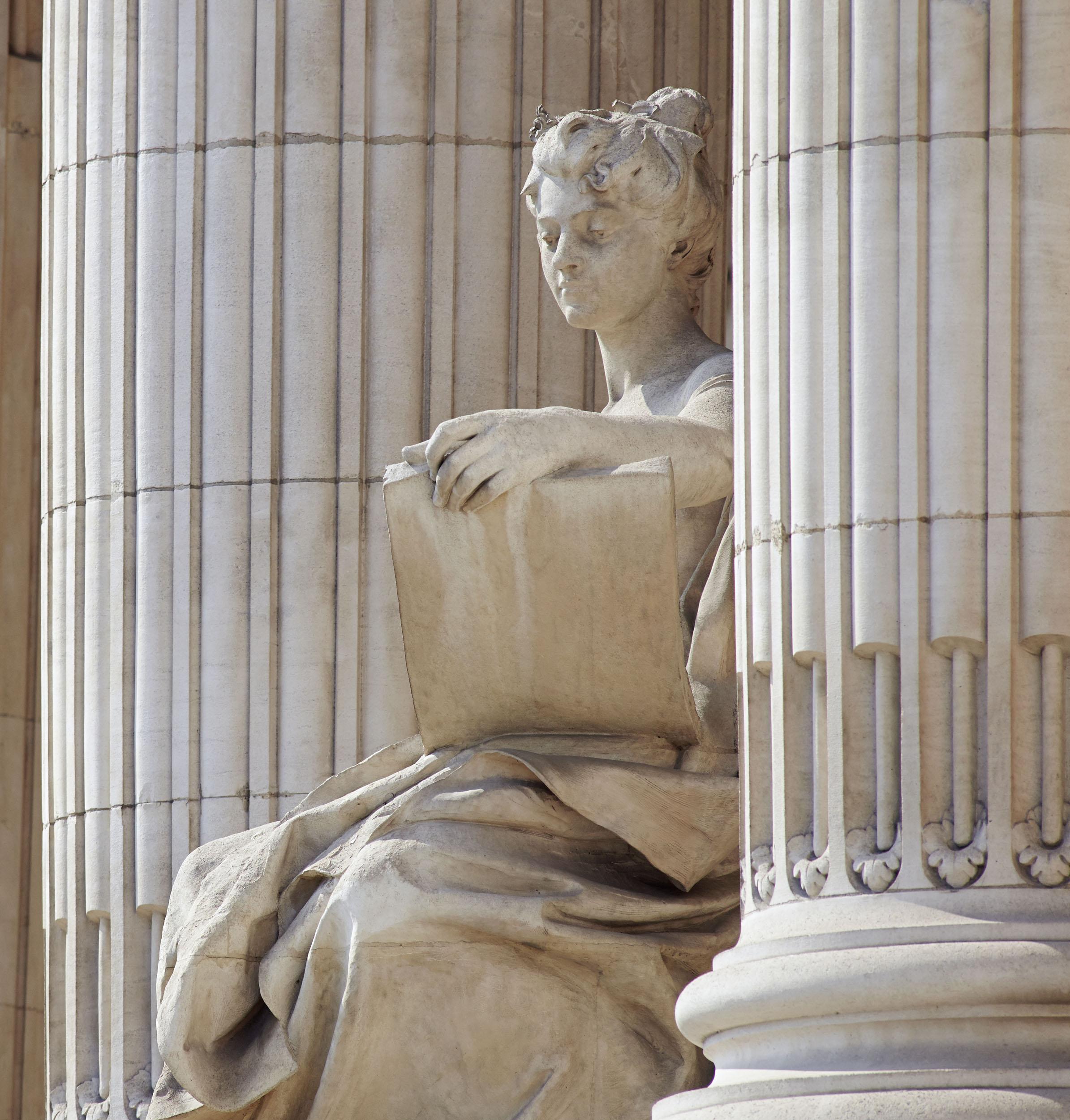 Détail_5_Le grand Palais – sculpture – MG 9109_2.jpg