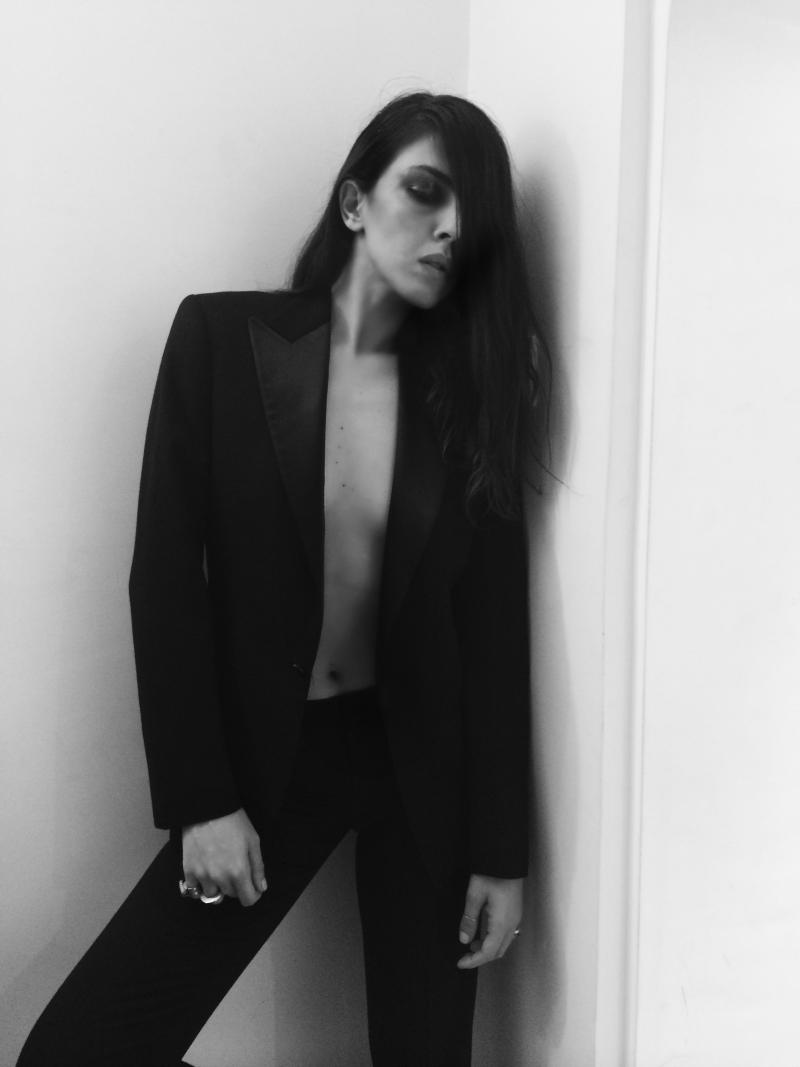 black+suit+4.png
