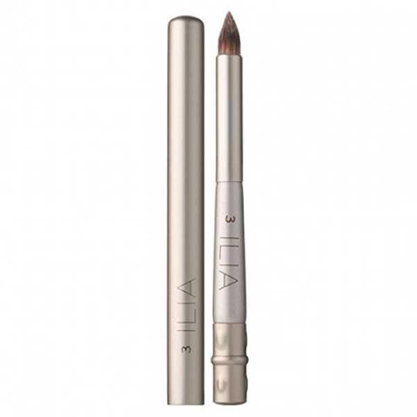 ilia-beauty-defining-lip-brush.jpg