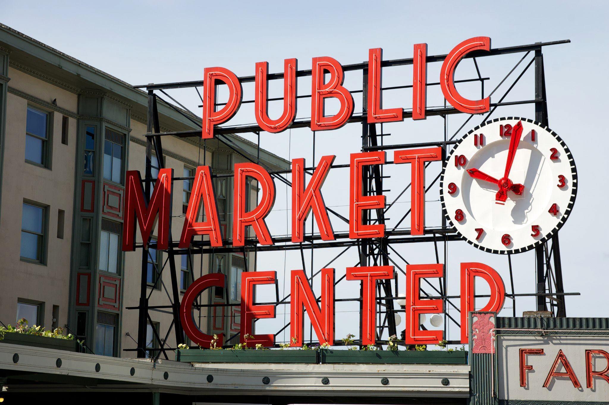 Pike Place Market Seattle - Savannah Page