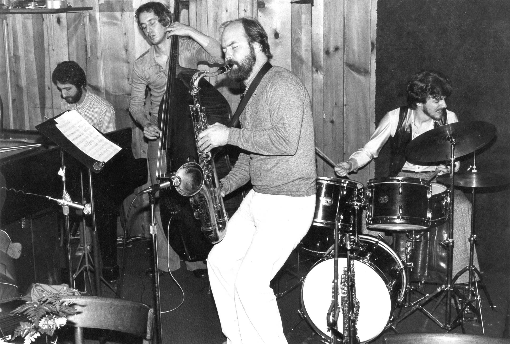 Essence Quartet led by (l-r) Armen Donelian, with Mike Bocchicchio, Mel Ellison and Jeff Williams at Sweet Basil, NYC (1978)