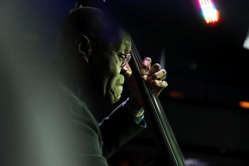 Calvin Hill , bass