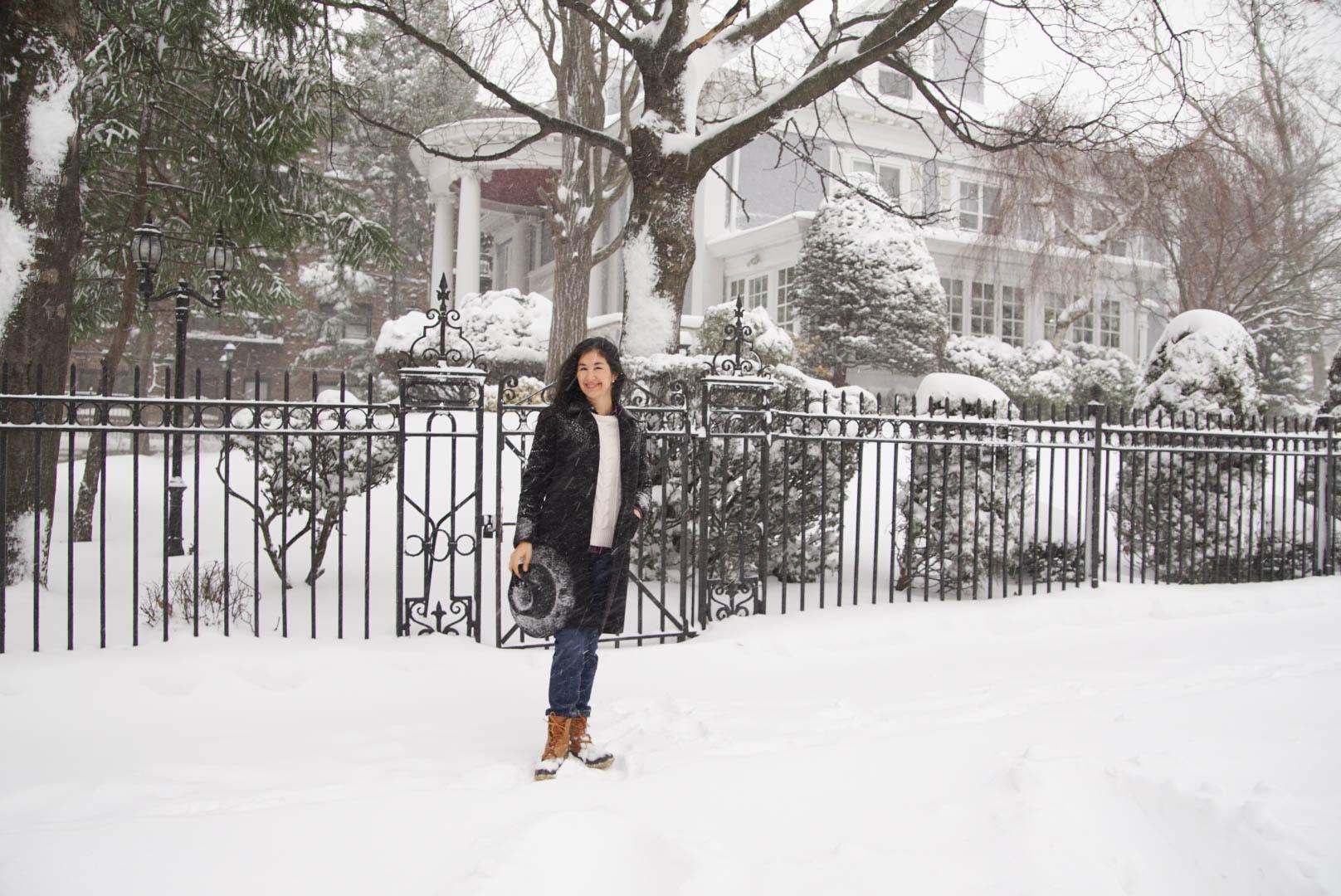 Wnter Storm Jonas Brooklyn New York Ralph Lauren Plaid Shirt LL bean Boots Levis 501 Jeans Brooks Brothers Jacket LL Bean Sweater