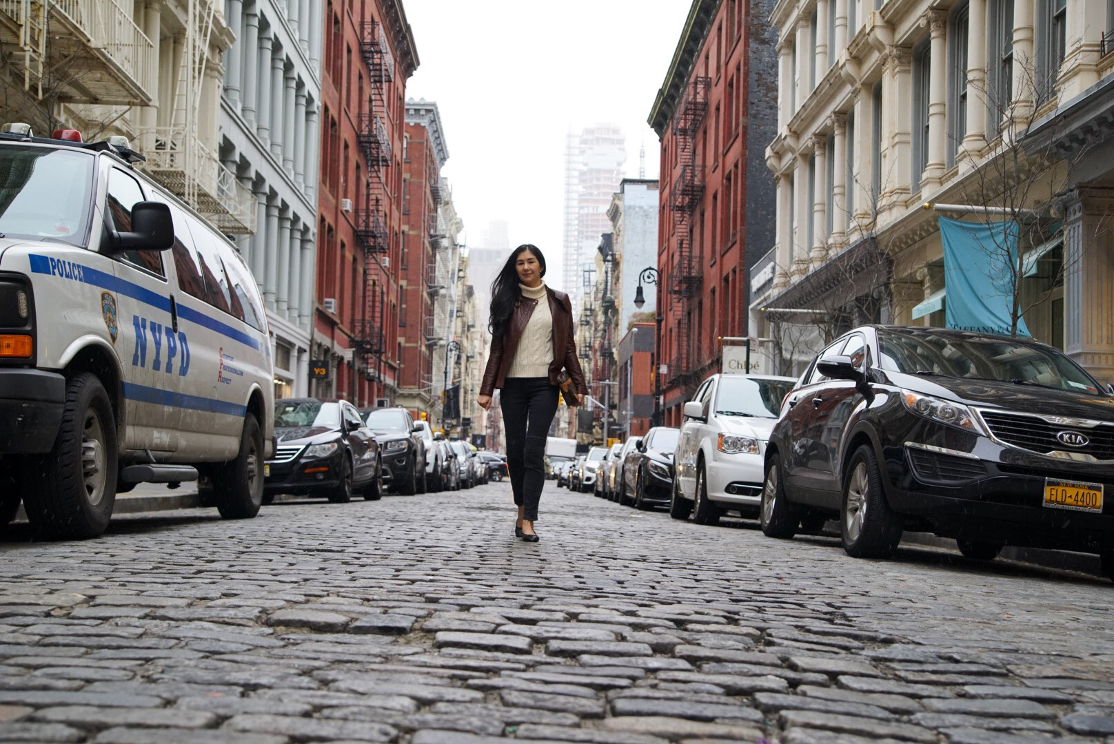 Soho New York Zara Leather Jacket Ralph Lauren Turtleneck Zara Moto Jeans Chanel Ballet Flats Louis Vuitton Clutch 9.jpg
