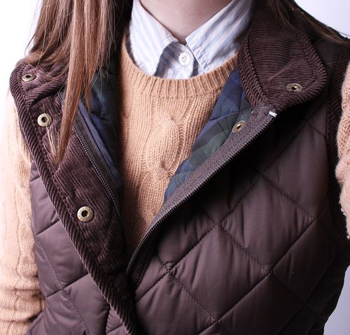 how-to-layer-quilted-vest.jpg