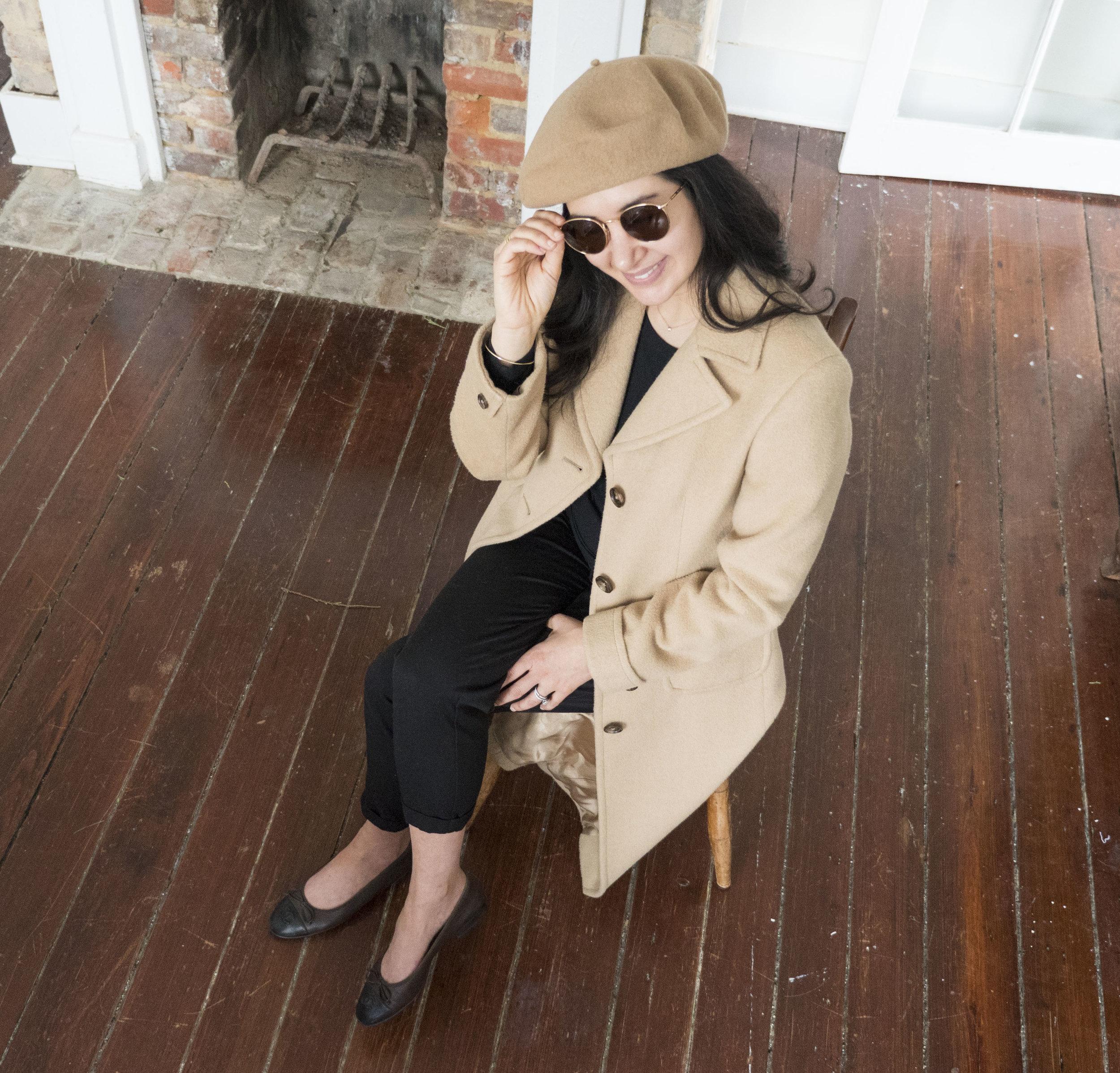 _1011757audrey_a_la_mode_camel-coat-chanel-ballet-flats-round-sunglasses-beret-everlane-cashmere.JPG