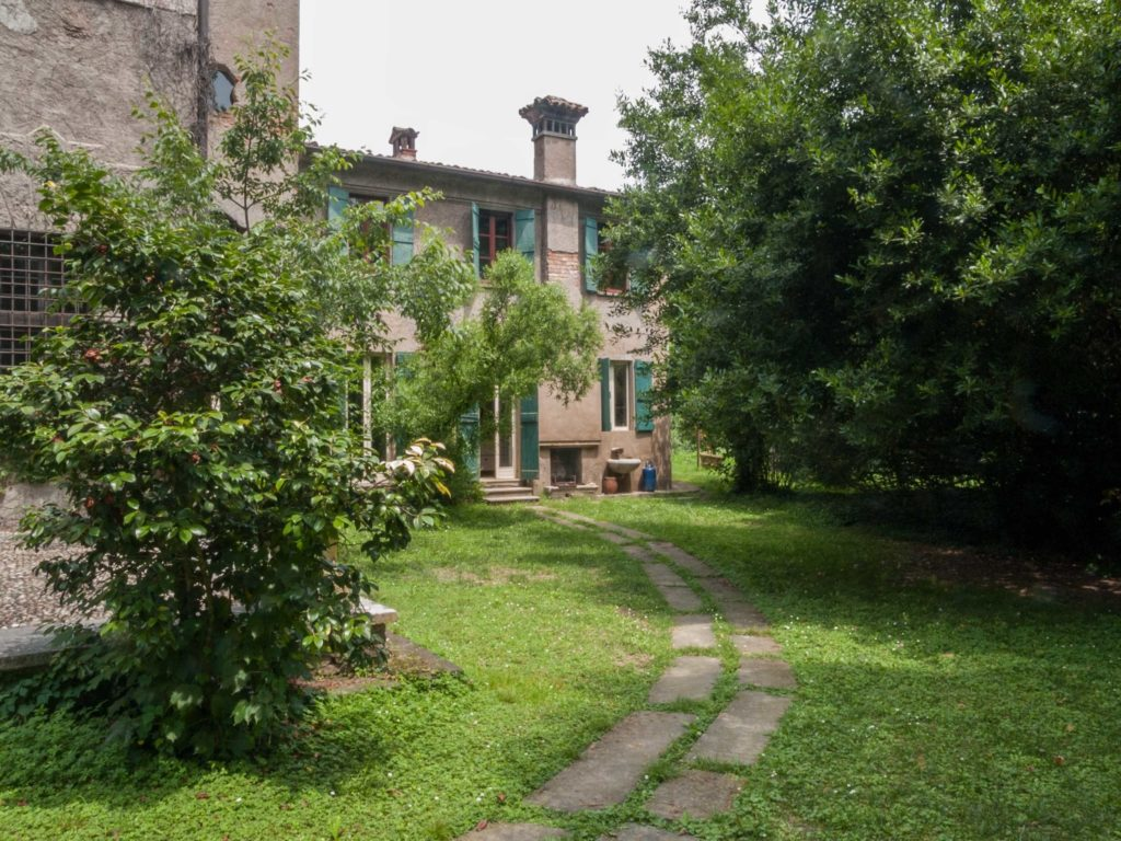call-me-by-your-name-villa-albergoni-italy-habituallychic-001-1024x768.jpg