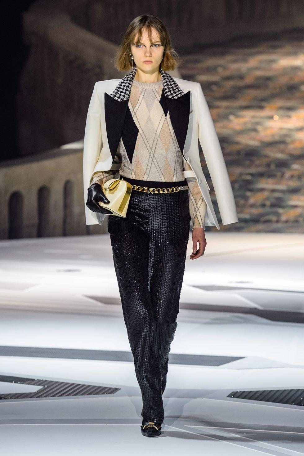 fall winter 2018 sequins Louis Vuitton.jpg