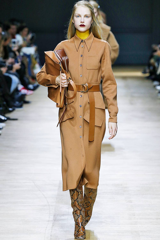 Rochas A:W 18 - brown autumn-winter-2018-fashion-trends-262678-1532342294288-image.1200x0c.jpg