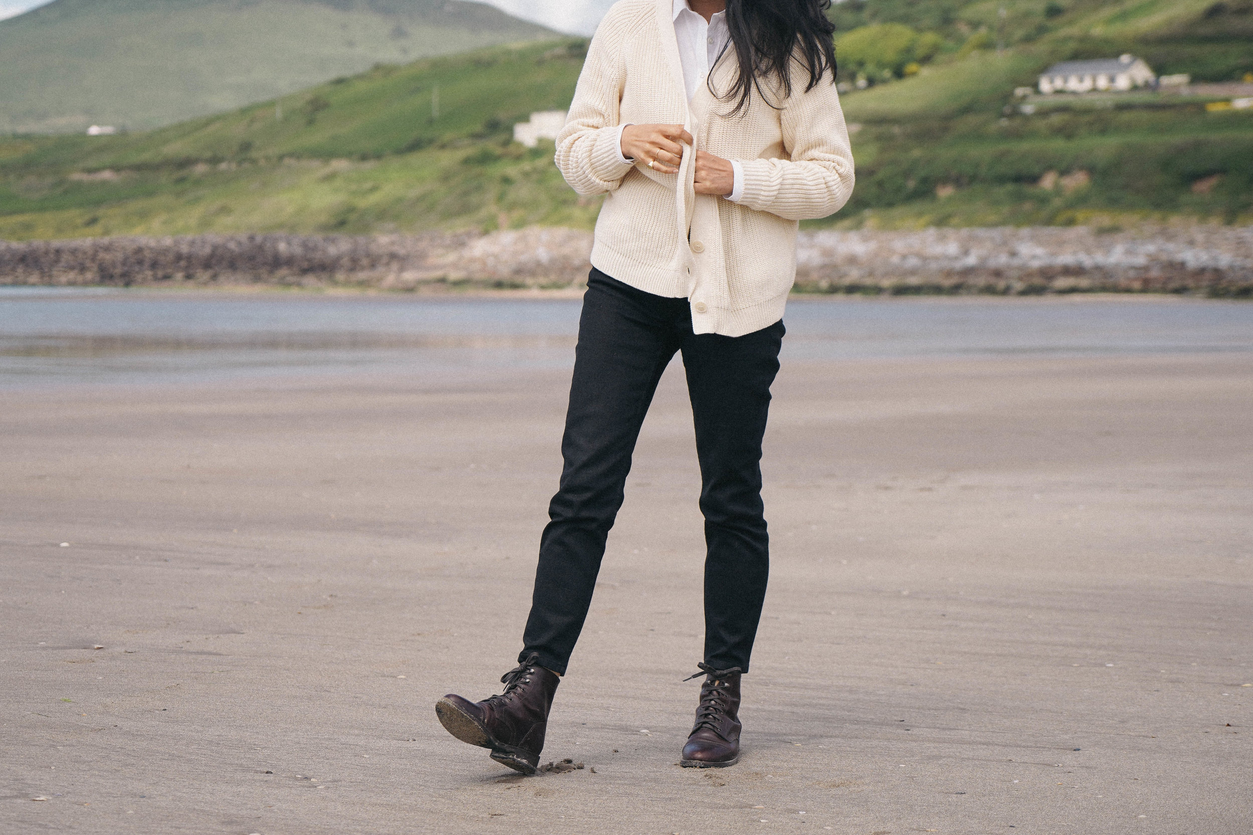 inch-beach-ireland-l'envers-sweater-thursday-boots-review.jpg