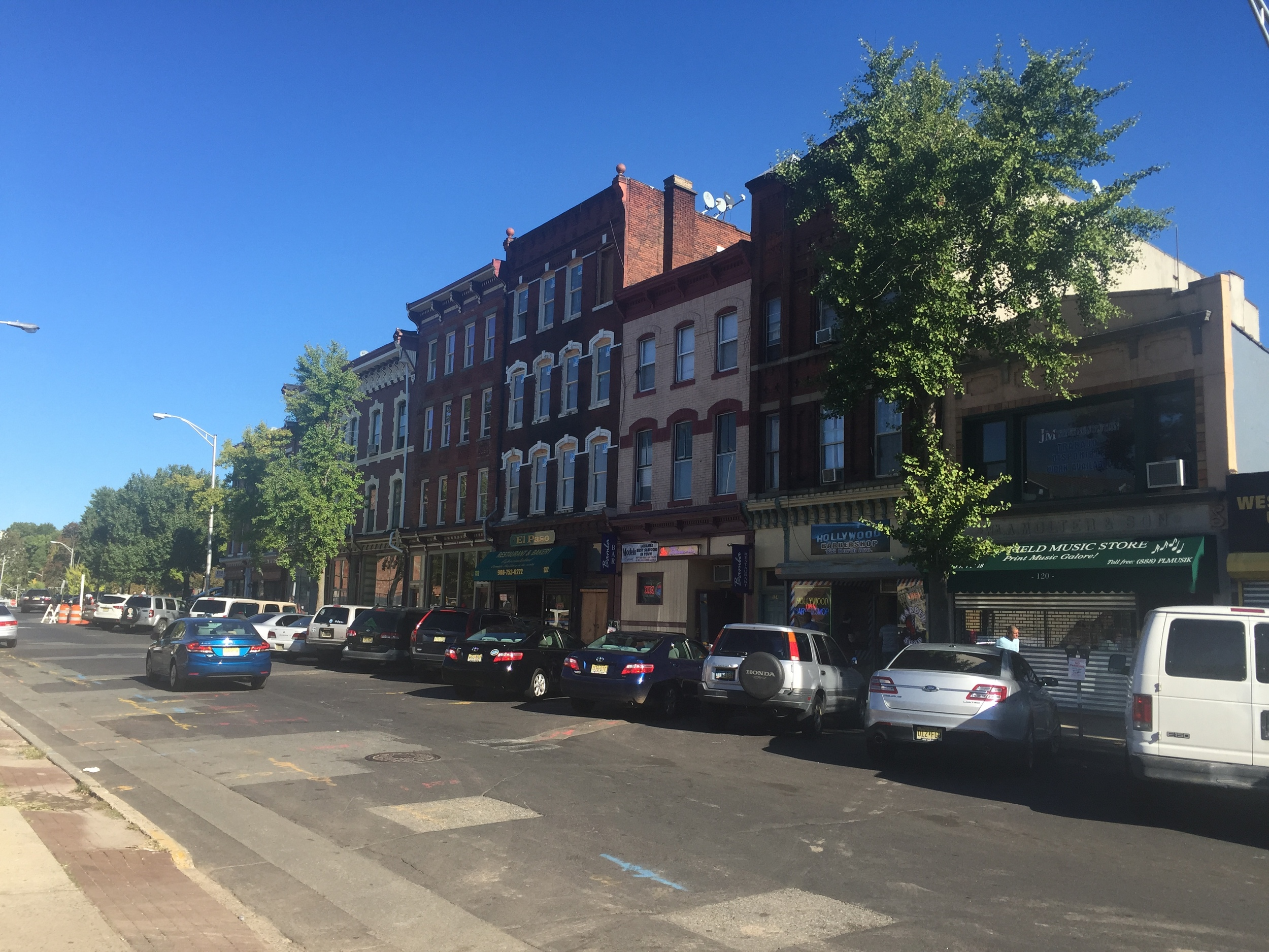 North Avenue | Late 19th Century Commercial Buildings