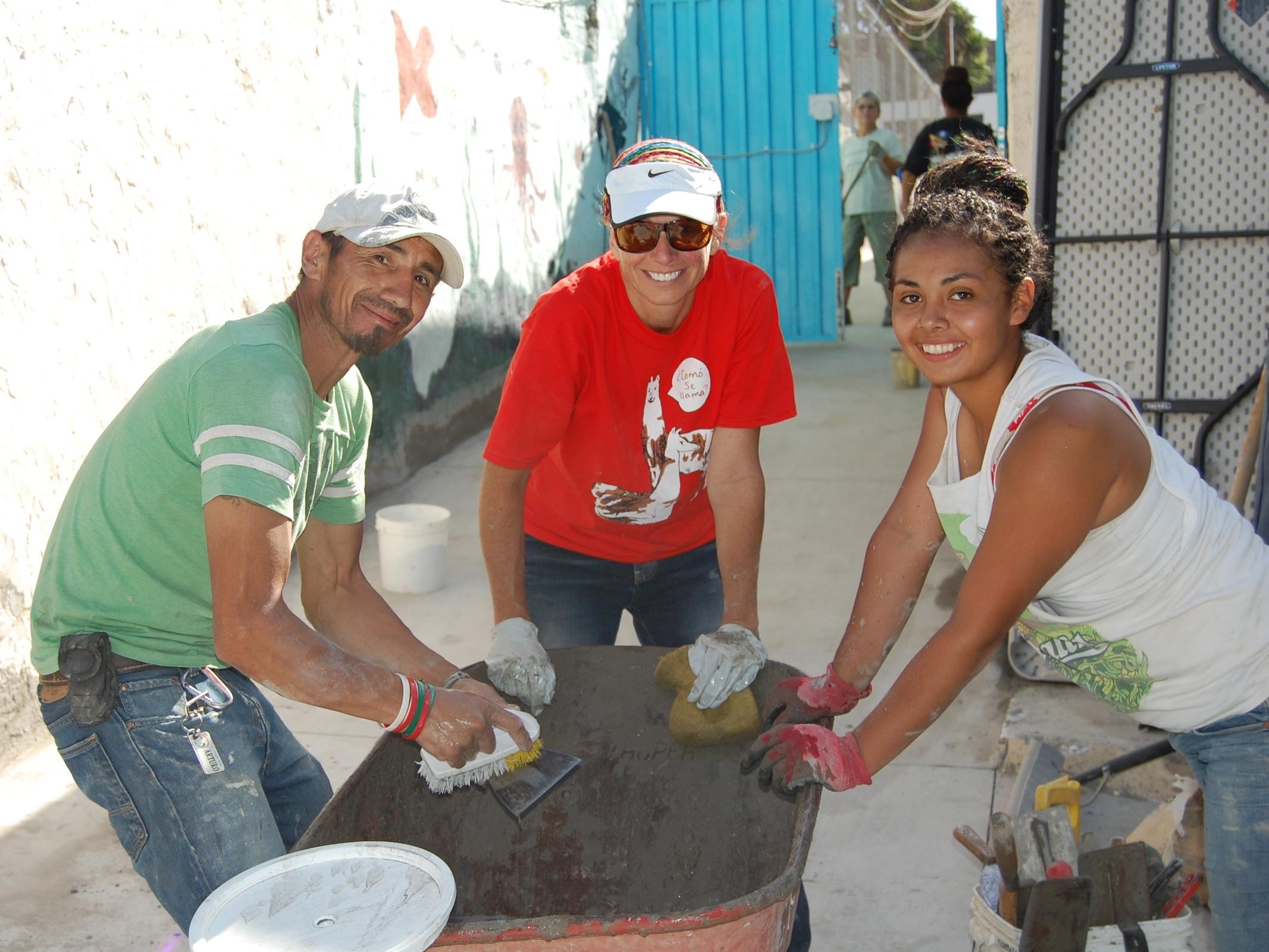 volunteering in Tijuana