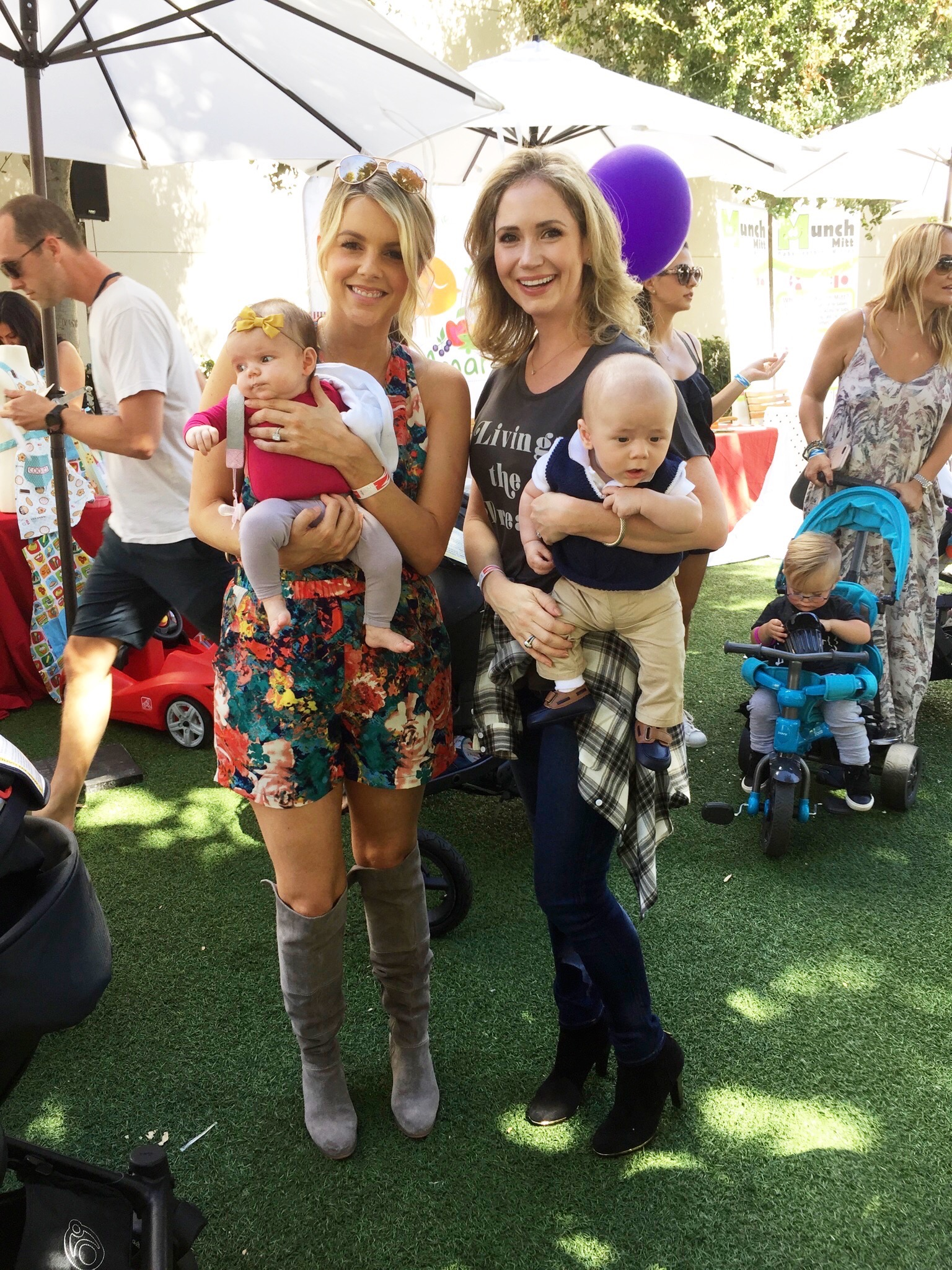 We got to grab a pic with Ali Fedotowsky and precious Molly.