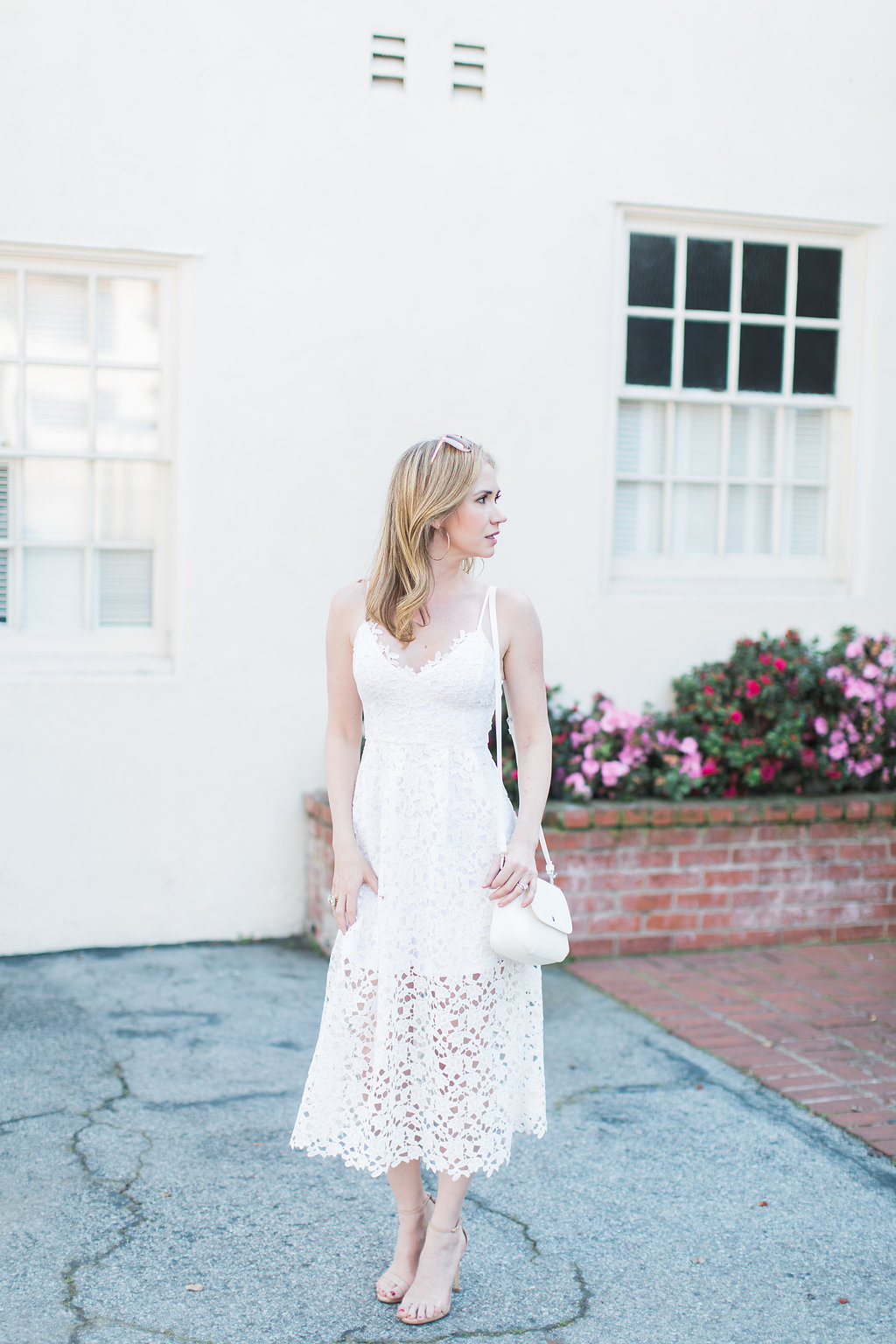 AshleyAJones.com/whitelacedress