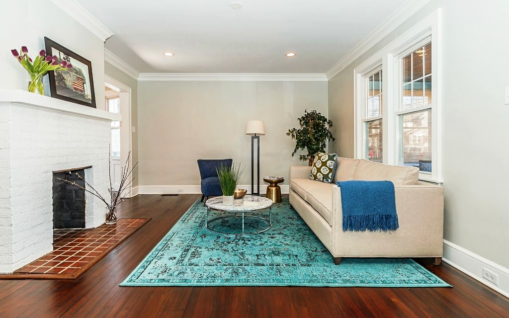 MAPLEWOOD, NEW JERSEY - DESIGNED BY: STAGING BY LARA