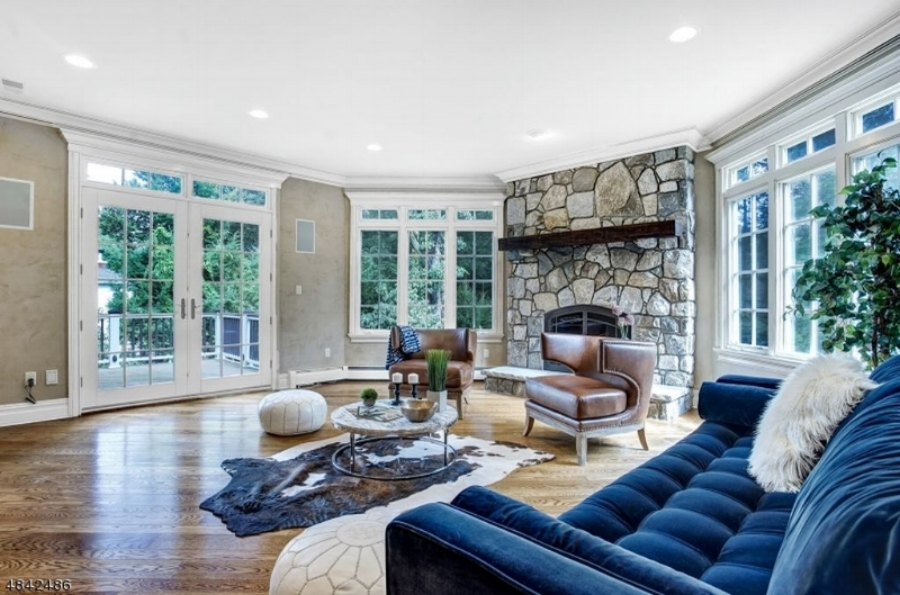 CHATHAM, NJ - DESIGNED BY STAGING BY LARA