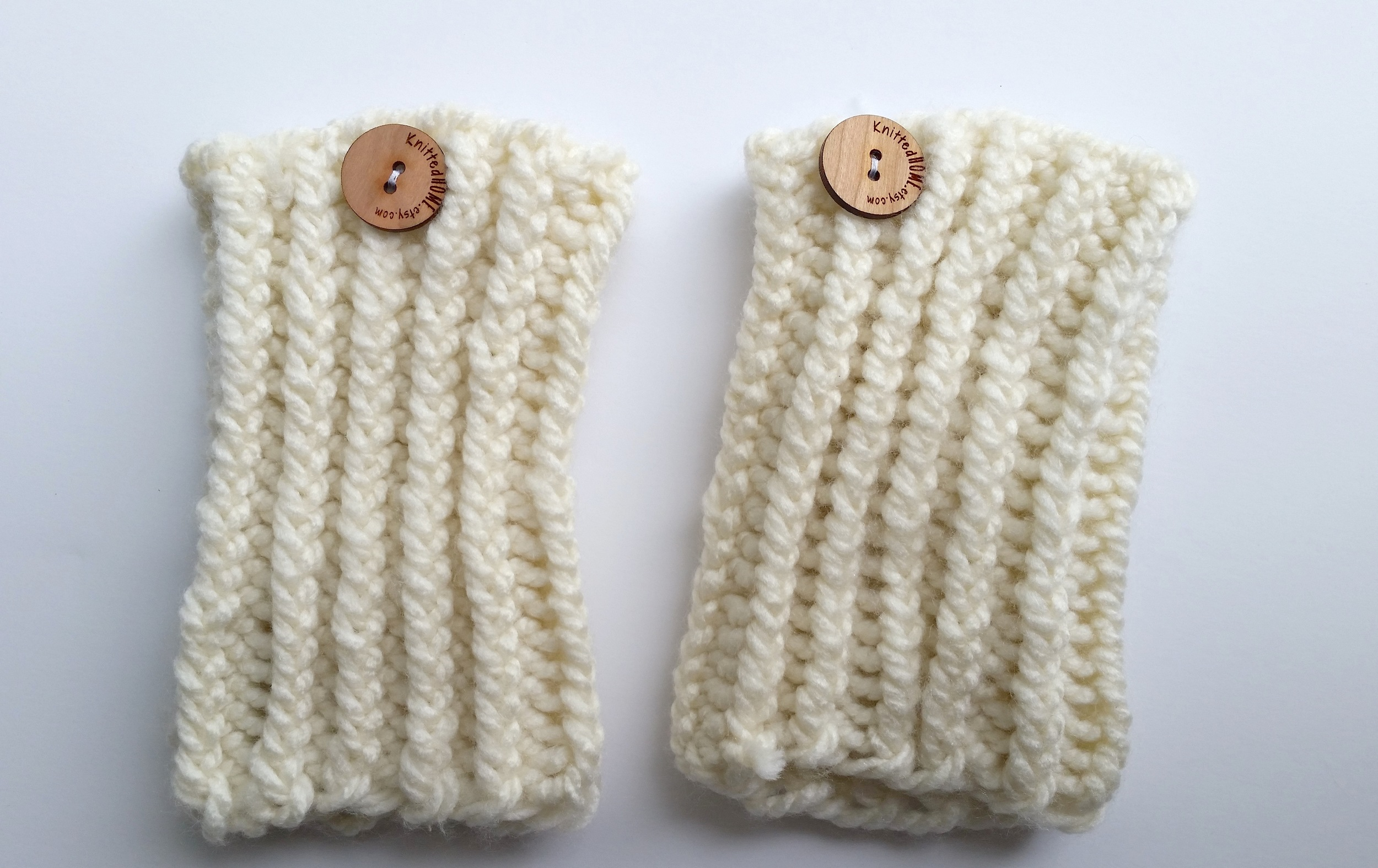 Ribbed Knit Boot Cuffs theknittedhome.com