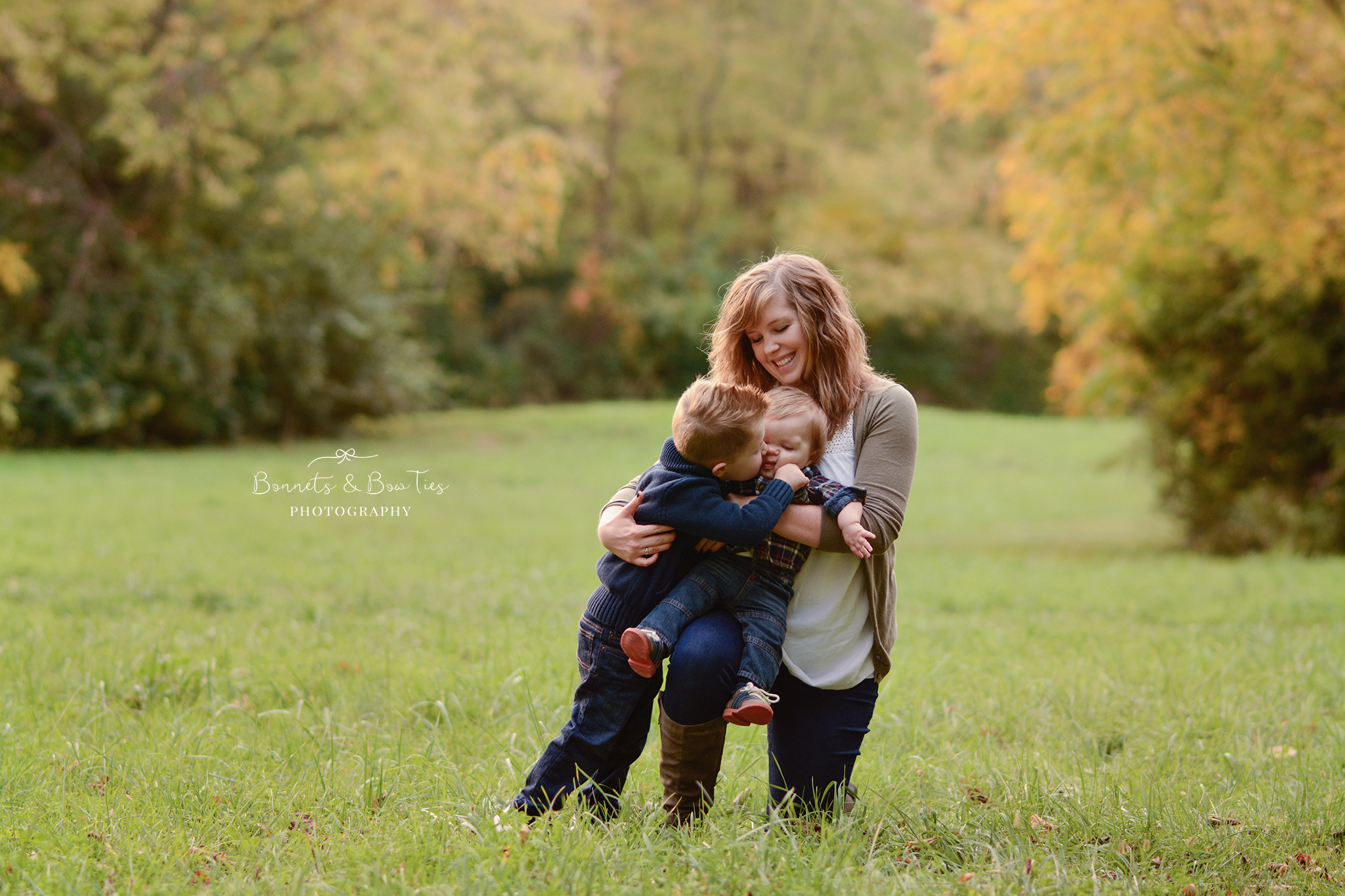 Mommy and me session in the fall.jpg