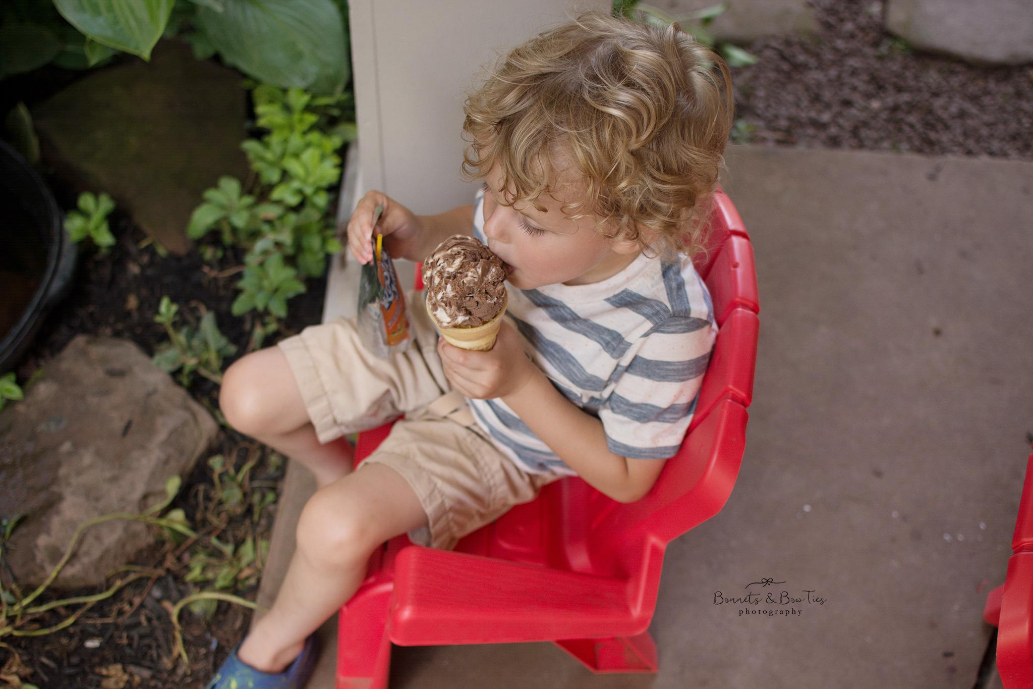 boy eating ice cream at barefoot farm.jpg