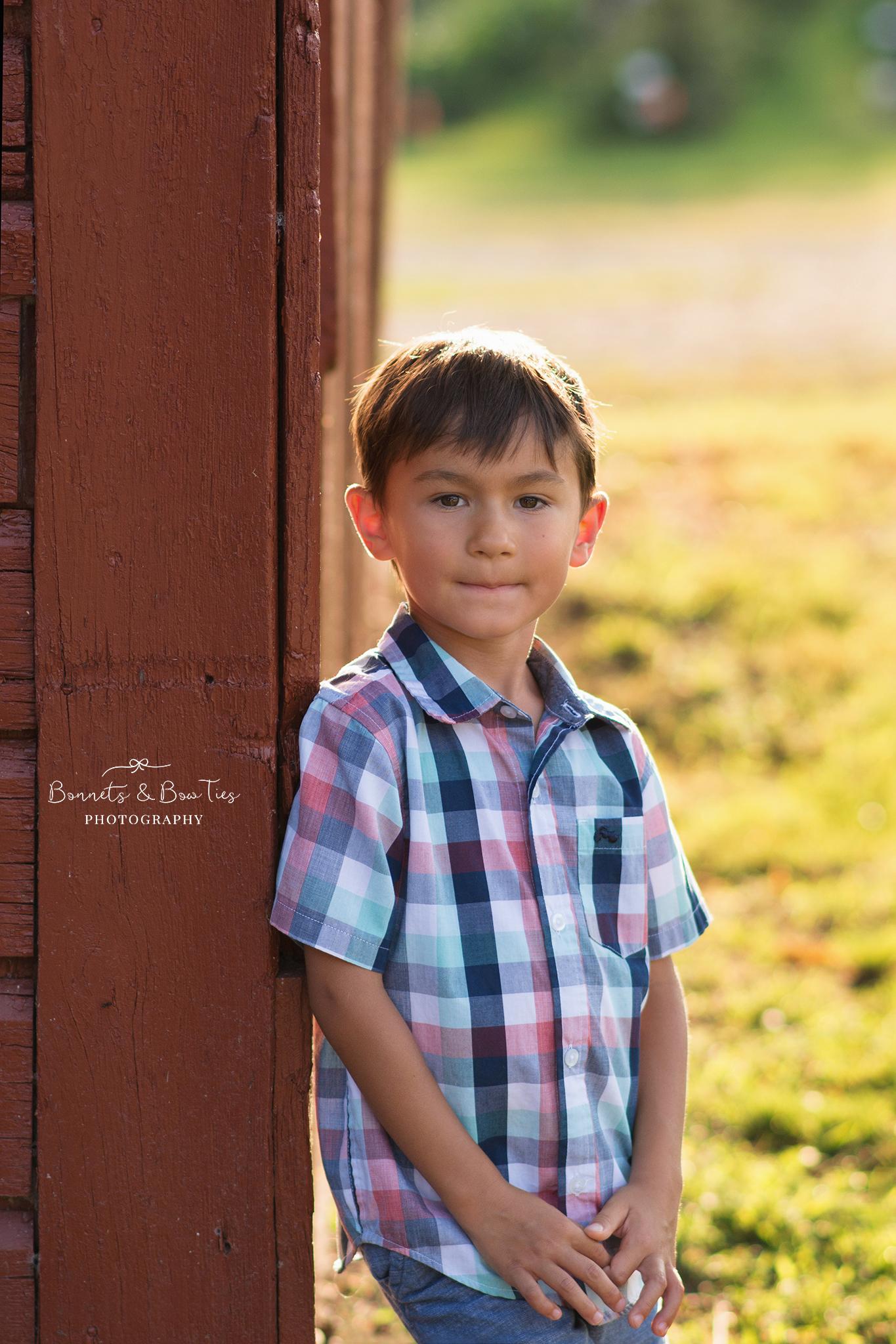 boy portrait at john rudy park.jpg