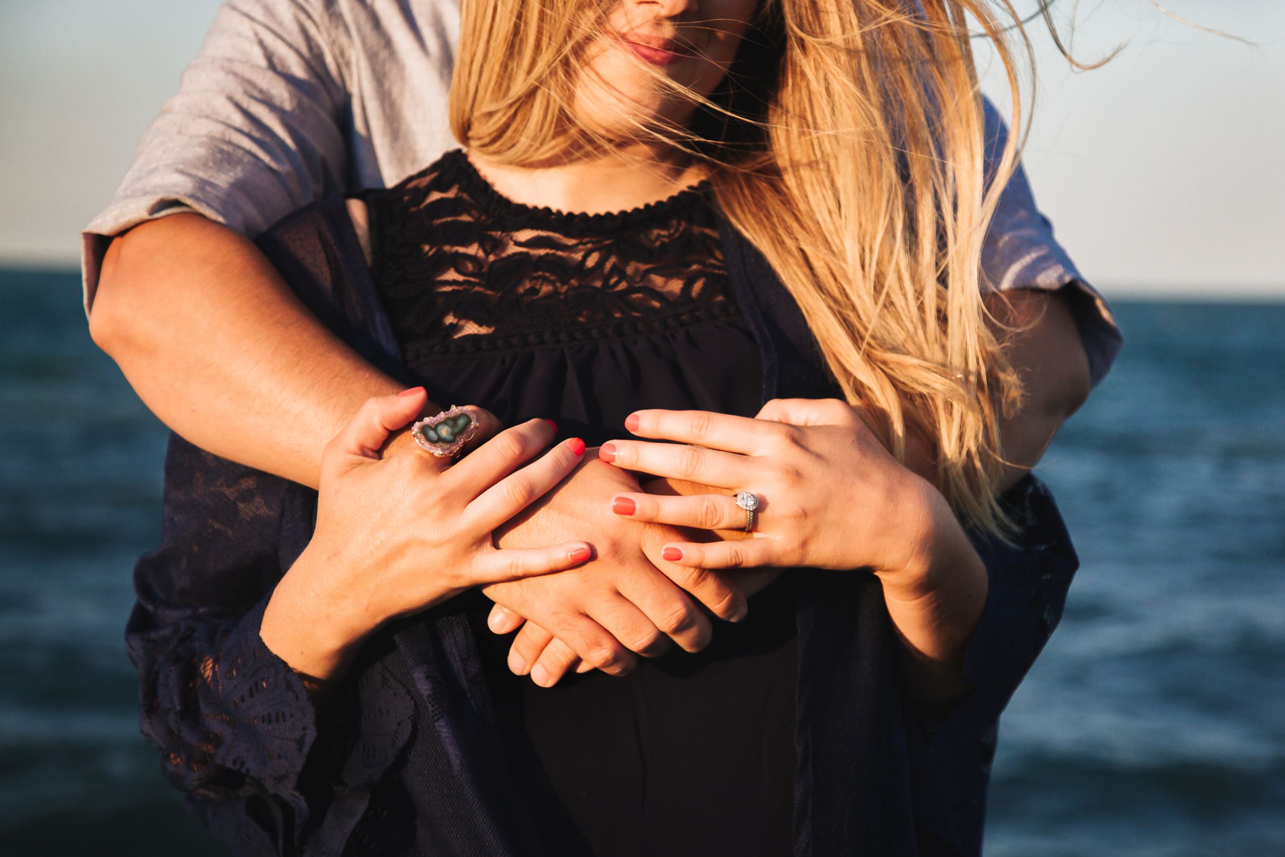 chicago_beach_engagement-6.jpg