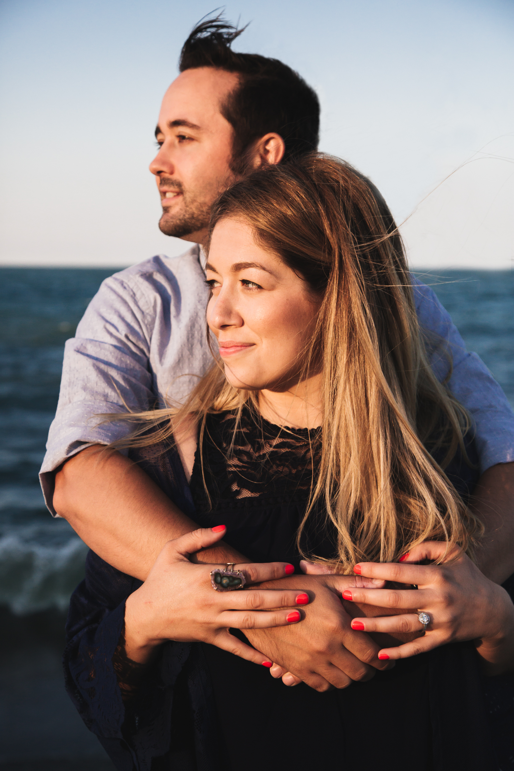 chicago_beach_engagement-8.jpg