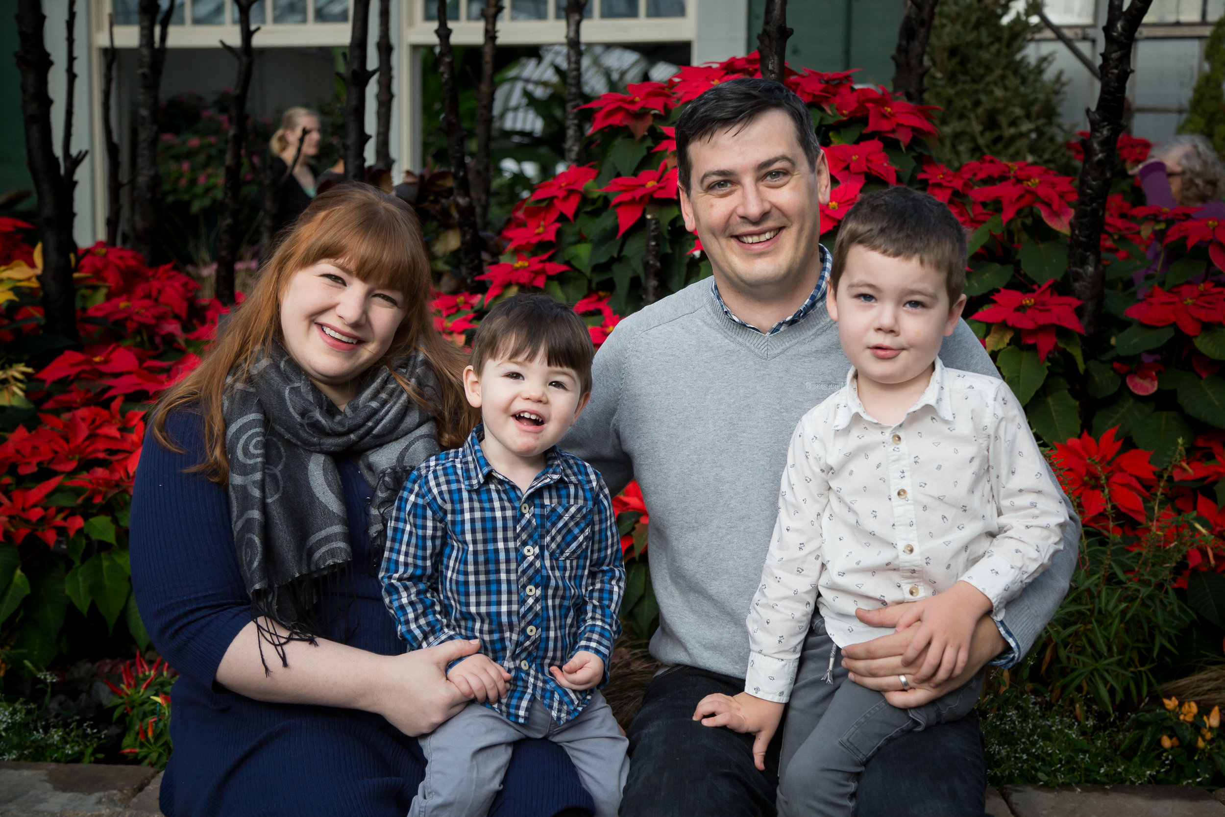 Chicago_Photographer_Garfield_Park_Conservatory_Family_Holiday-1.jpg